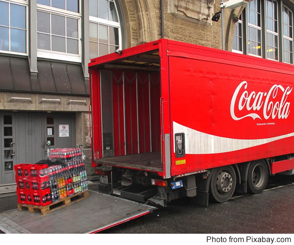 Transport of refreshments for human consumption